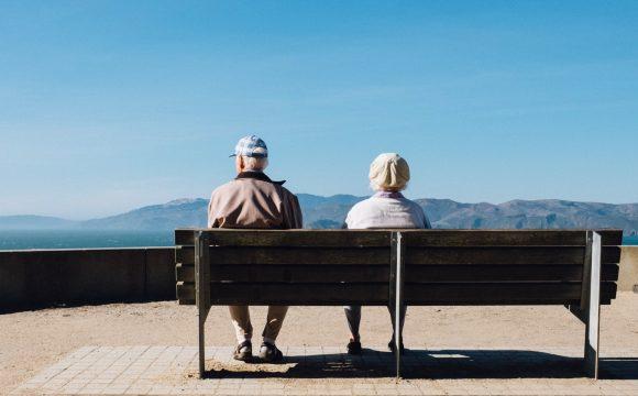 รับดูแลผู้สูงอายุ